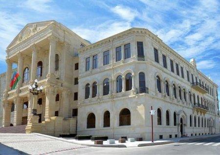Baş Prokurorluq: Azərbaycan əsgərlərinin əsirlərə qarşı qanunsuz davrandığı iddia edilən görüntü araşdırılır