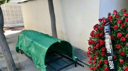 SON DƏQİQƏ: Azərbaycanın tanınmış siması vəfat etdi - FOTO