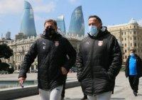 Serbiya millisi Bakıda muzeyin qarşısında məşq etdi - FOTO/VİDEO
