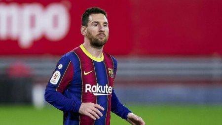 """Messi atasından """"Barselona"""" ilə danışıqlara başlamağı xahiş edib"""