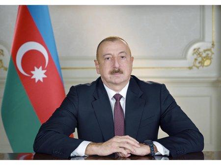 Prezident İlham Əliyev Serbiyanın Azərbaycanda yeni təyin olunmuş səfirinin etimadnaməsini qəbul edib