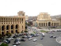 Ermənistan xarici işlər nazirinin bütün müavinləri istefa verib